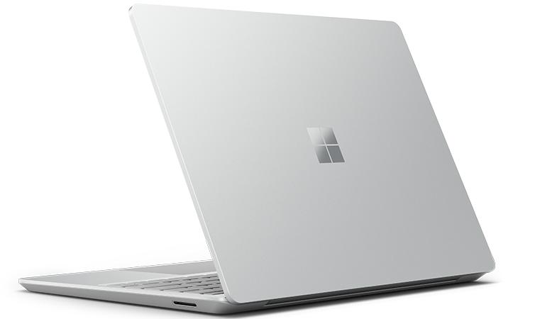 Der Surface Laptop Go von hinten in Platin